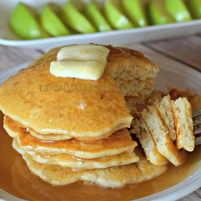 Apple Cinnamon Pancakes3